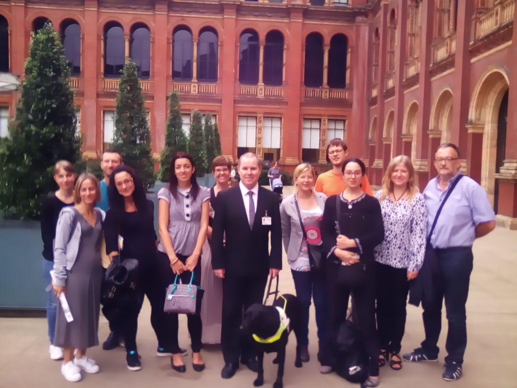 Group photo at the Victoria and Albert Museum in London, September 2016 © CAE